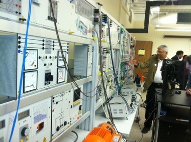 Syracuse Univ. College of Engineering & Computer Science shows ff its Smart Grid Lab | STEM Advocate | Scoop.it