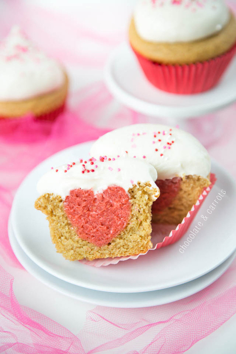 Surprise Heart Cupcakes | The Man With The Golden Tongs Hands Are In The Oven | Scoop.it