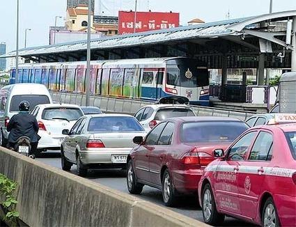 Taksin station removal begins   Bangkok Post: news   Thailand Business News   Scoop.it