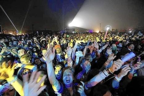 Muse, Pharrell headline Coachella amid dust storm - Chicago Tribune | Coachella Festival 2014 | Scoop.it