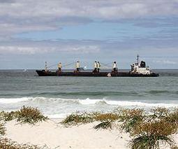 Fresh oil spill from Turkish tanker off Cape Town | Sustain Our Earth | Scoop.it