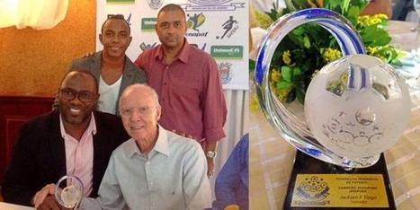 Majalah Selangkah | Situs Berita dan Informasi Tanah Papua - Pelatih Persipura, Jacksen F. Tiago Terima Penghargaan di Brasil | Angin Kurima | Scoop.it