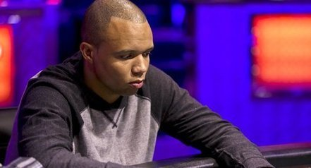 Phil Ivey Admits To Noticing Flaws In Cards At Crockfords En Route To $12.1 Million Win | This Week in Gambling - Poker News | Scoop.it