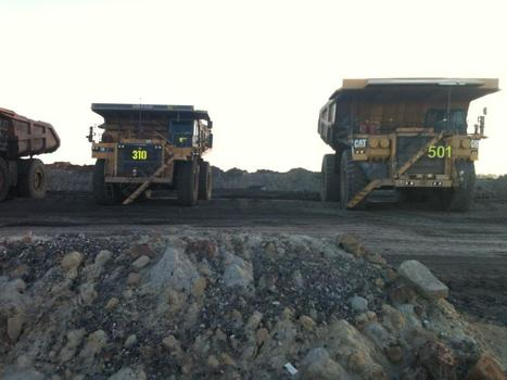Driving a CAT793S   Quest 3- Safety while driving on a mine site   Scoop.it
