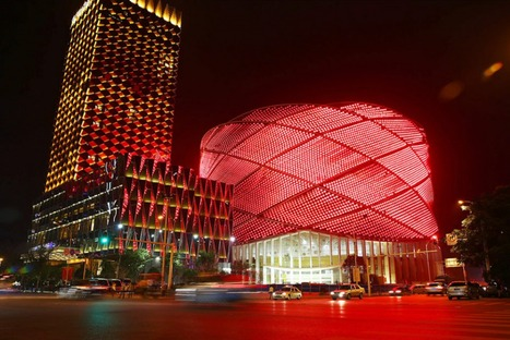 Chinese tradition and technology fuse together at this theater | Virtual Worlds & the Digital Future | Scoop.it
