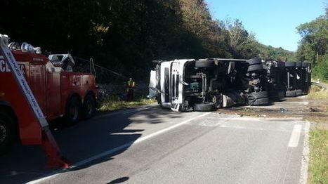 Un camion avec 30 tonnes de comté se renverse et bloque la route Besançon-Lons | The Voice of Cheese | Scoop.it