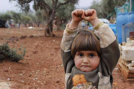 Photo of a Syrian Girl Surrendering to the Camera Breaks the Internet's Heart | xposing world of Photography & Design | Scoop.it