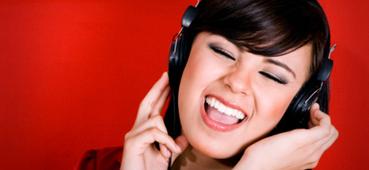 Qual a música que deve ouvir no trabalho? - Cultura - Sol | Arctic Monkeys | Scoop.it