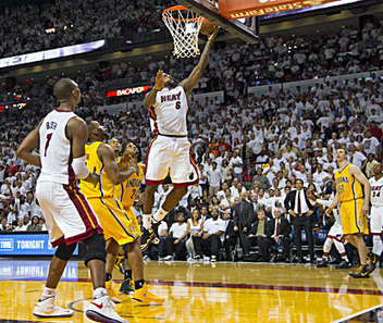 LeBron's layup lifts Heat past Pacers in OT; Miami up 1-0 | Ethics in Sports | Scoop.it
