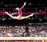 Gabrielle Douglas es la atleta del año en EEUU