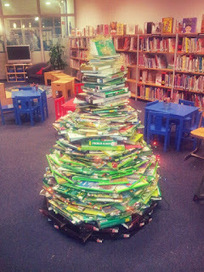 Librarians on the Fly: Oh, Tannenbuch... Or the Evolution of a Book Tree | librarianonthefly | Scoop.it