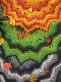 Revontuli -huivi/Northern Lights pattern by AnneM | Knitting for everyday comfort and delight | Scoop.it