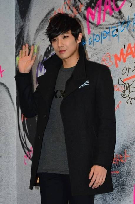 Lee Joon leaves the cast of movie 'Botox' to prepare for MBLAQ's new album and tour activities | allkpop.com | Entertainment | Scoop.it