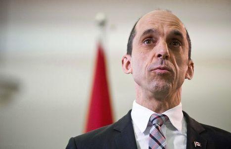 Des agents correctionnels mènent campagne contre Blaney | Politique et actualité Québec - Canada | Scoop.it