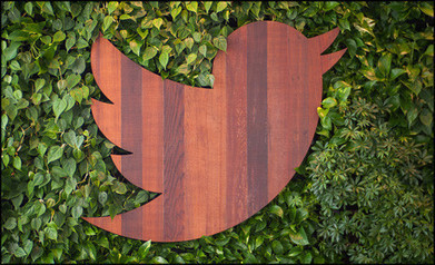 Twitter Curator helps collect tweets around key moments | Convergence Journalism | Scoop.it