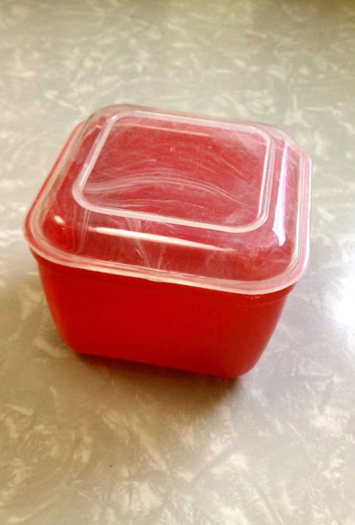 Vintage Red Lustro-Ware Refrigerator Dish Small Square Mid-Century Modern Kitchenalia | Antiques & Vintage Collectibles | Scoop.it