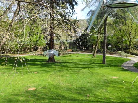 """Klanginstallation im Rhododendronhain"" 2011 - kanalige Raum-Klanginstallationen | DESARTSONNANTS - CRÉATION SONORE ET ENVIRONNEMENT - ENVIRONMENTAL SOUND ART - PAYSAGES ET ECOLOGIE SONORE | Scoop.it"