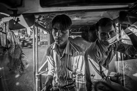 Autorickshaw | Photographer: Serge Bouvet | BLACK AND WHITE | Scoop.it