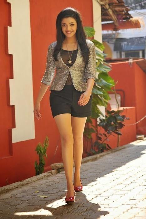 Hot Bollywood Gifs: Kajal Agarwal Sizzling Hot Gifs and Pictures   Bollywood Glitz 24- Hot Bollywood Actress   Scoop.it