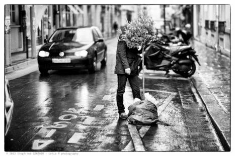 Street photography | Photographer: Siegfried Günther | BLACK AND WHITE | Scoop.it