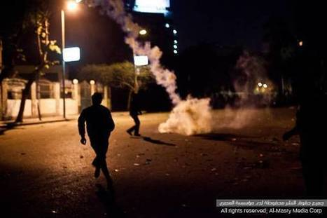 Protesters try to storm Semiramis hotel, smash iron facades | Égypt-actus | Scoop.it