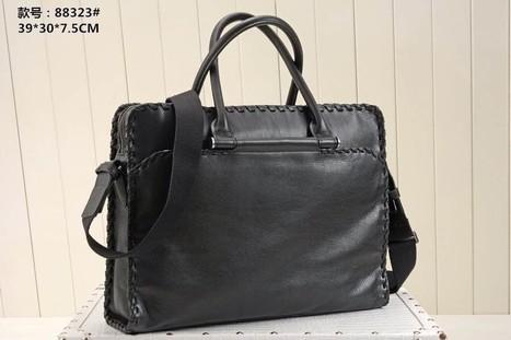 46268 Bottega Veneta Woven Leather Legendary Era Of Imported Using The Original Hardware Workmanship | Designer Bags | Scoop.it