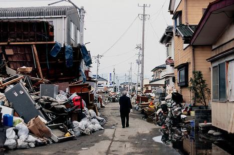 [Photo] Rue dévastée dans Watanoha    Flickr - Photo Sharing!   Japon : séisme, tsunami & conséquences   Scoop.it