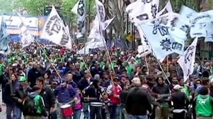 VIDEO:  Strikes increase in Argentina | News from the Spanish-speaking World | Scoop.it