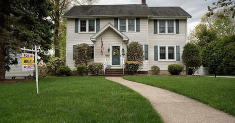 Borrowers rush to buy homes as rates spike - CNBC | money matters | Scoop.it