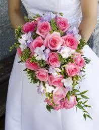 5 Popular Wedding Flower Bouquet Styles   Flowers in the Valley   Scoop.it
