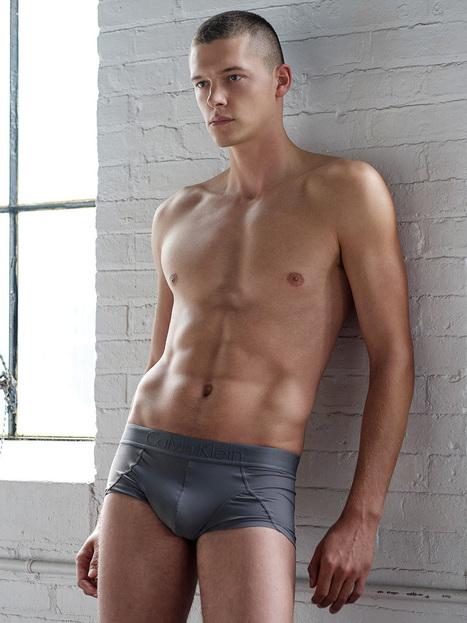 Dan Cameron by Jon Malinowski | Daily Male Models | Male Models Smoker | Scoop.it