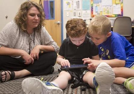 Child peers, digital technology unite to help children with autism ... | Digital games for autistic children. Ressources numériques autisme | Scoop.it