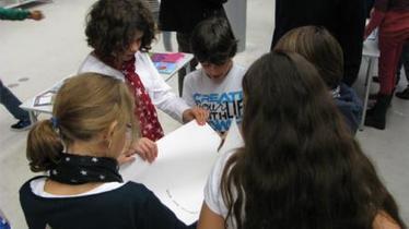 L'expo qui réconcilie livre papier et livre numérique - Saint-Etienne   Must Read articles: Apps and eBooks for kids   Scoop.it