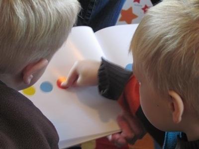 Let your preschoolers press here! | Literacia no Jardim de Infância | Scoop.it