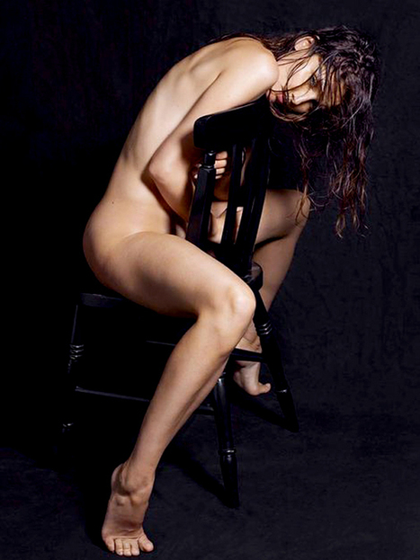 "Laetitia Casta Naked Photo | ""FOLLIEWOOD"" 