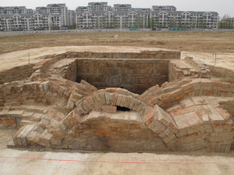 Famous emperor's tomb found in E. China | histoire | Scoop.it