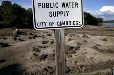 Communities scramble to find emergency water sources - The Boston Globe | EM 451 Disaster Planning | Scoop.it