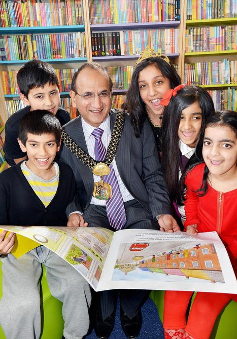 Pupils get first glimpse at Horton Grange Primary School's new library | School Libraries | Scoop.it