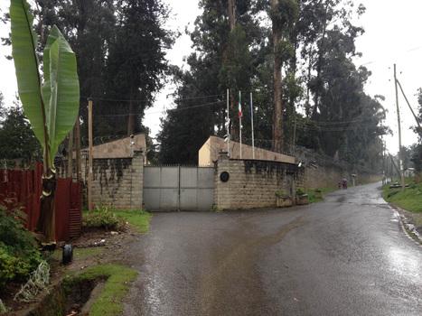 Due ex ministri etiopi accusati di genocidio vivono nell'ambasciata italiana di Addis Abeba da 24 anni   VICE News   Italian   ETHIOPIA   Scoop.it