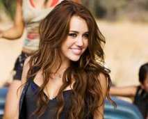 Miley Cyrus named Mtv Artist Of The Year   News Nation   World News   Scoop.it