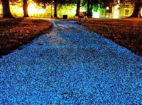 ALLPE Medio Ambiente Blog Medioambiente.org : Un pavimento que se ilumina por la noche (sin consumir energía) | ECOMEDIA INFOs & DOCs- | Scoop.it
