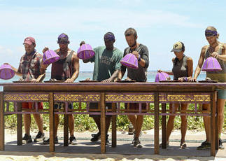 """""""Survivor: Blood vs. Water"""": Of bugs and brothers - CBS News 