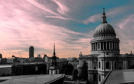 10 Dramatic London Cityscapes by Robert Little   Beautiful Photography   Scoop.it