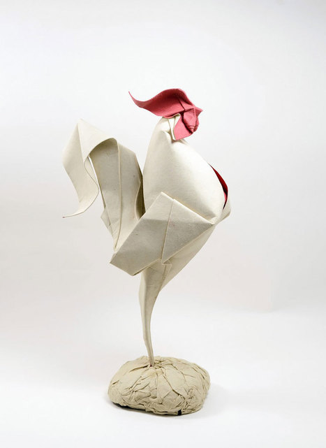 Difficult Wet Folding Technique Allows This Vietnamese Artist To Create Curved Origami | The Blog's Revue by OlivierSC | Scoop.it