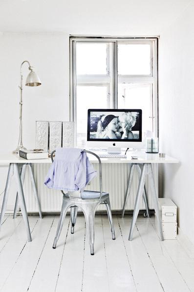 Visite déco : un bureau simple mais romantique | DecoCrush blog déco, idées déco | décoration & déco | Scoop.it
