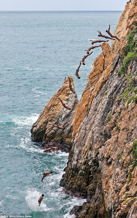 Incredible pictures show death-defying cliff divers leaping 100ft off a ...   Up to date News   Scoop.it