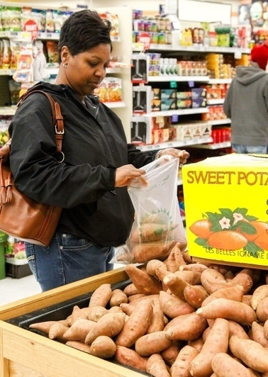 Base shoppers choosing produce from N.C. - Military - The Daily News, Jacksonville | North Carolina Agriculture | Scoop.it