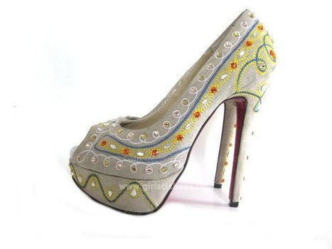 Beautiful Beige Suede Pump Christian Louboutin Bollywoody Cheap [Beige Suede Pump Christian Louboutin Bollywoody] - $158.00 : Christian Louboutin 2013 Sale with Discount Price | Christian Louboutin Shoes | Scoop.it