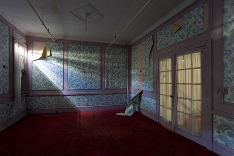 The Kingston Lounge: The Hotel Adler, Sharon Springs, NY | Modern Ruins, Decay and Urban Exploration | Scoop.it