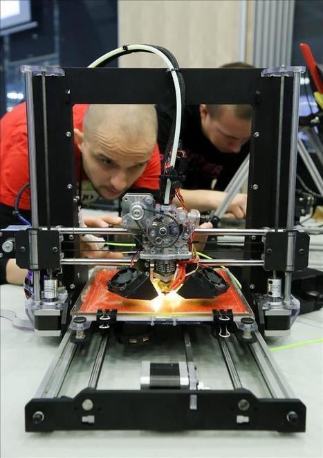 González anuncia que los institutos tendrán impresoras 3D y kits de robótica   tecno4   Scoop.it